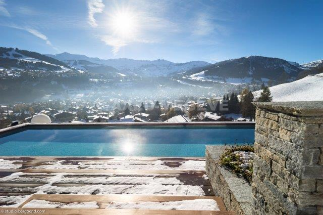 See details MEGEVE Villa 20 rooms, 5 bedrooms
